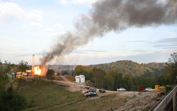 Explosion y fuego en McDowell B 19 septiembre de 2010_1